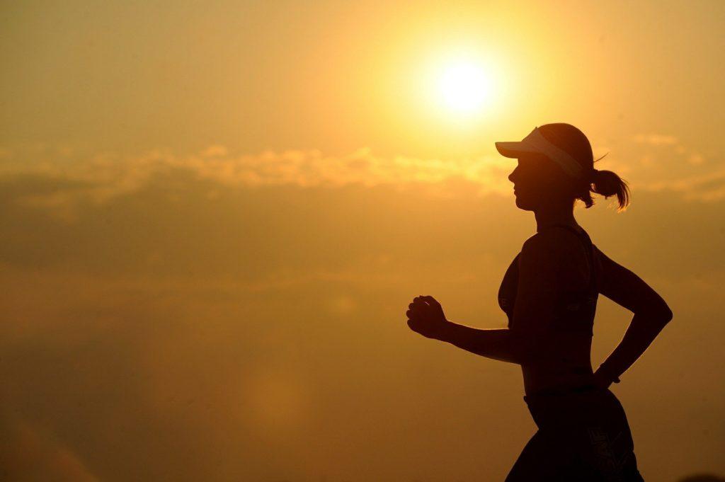 ダイエットは継続することが一番大事!!継続するコツや行動を紹介、自分が痩せていく過程は眺めるだけで