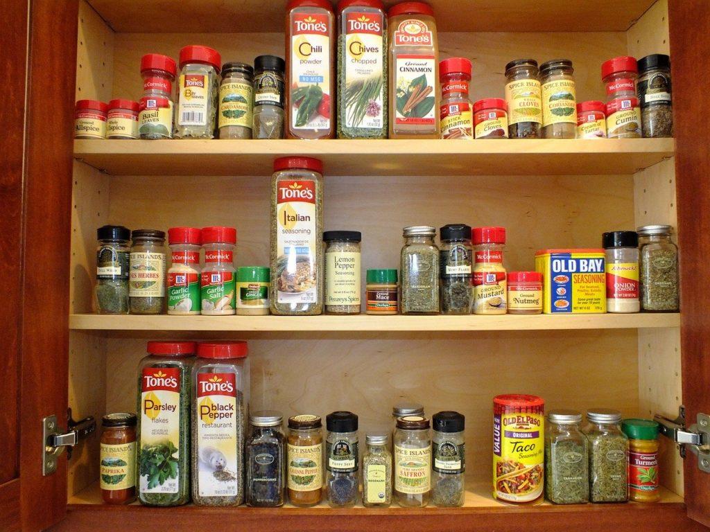 【オススメの道具を紹介】ダイエットをするなら持っておきたい人気の道具、調味料