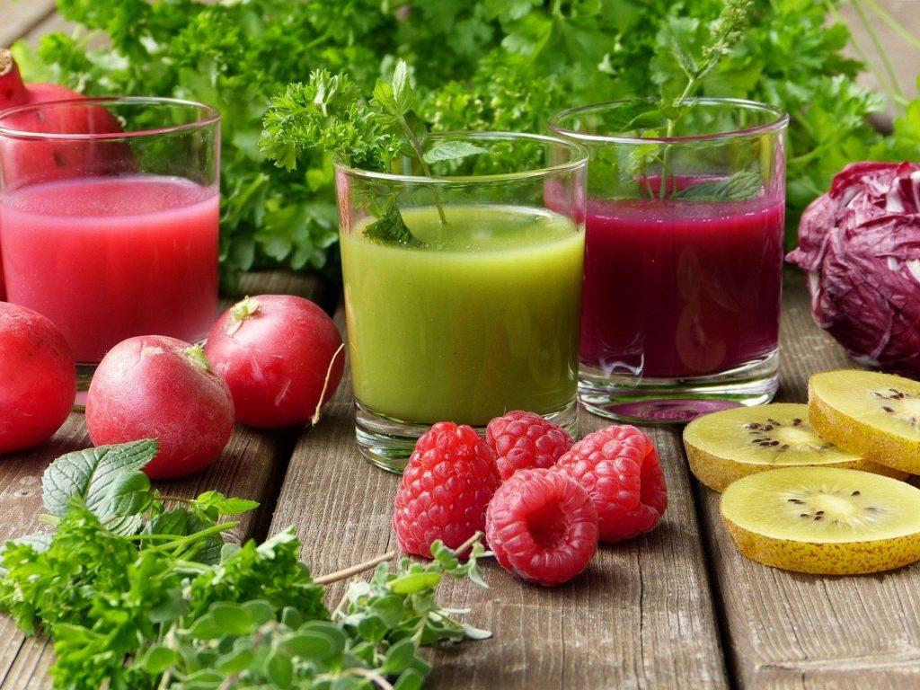 【痩せる飲み物】ダイエット中にオススメの痩せる飲み物8選、おすすめの飲み方や注意する飲み物など徹底解説、野菜ジュース