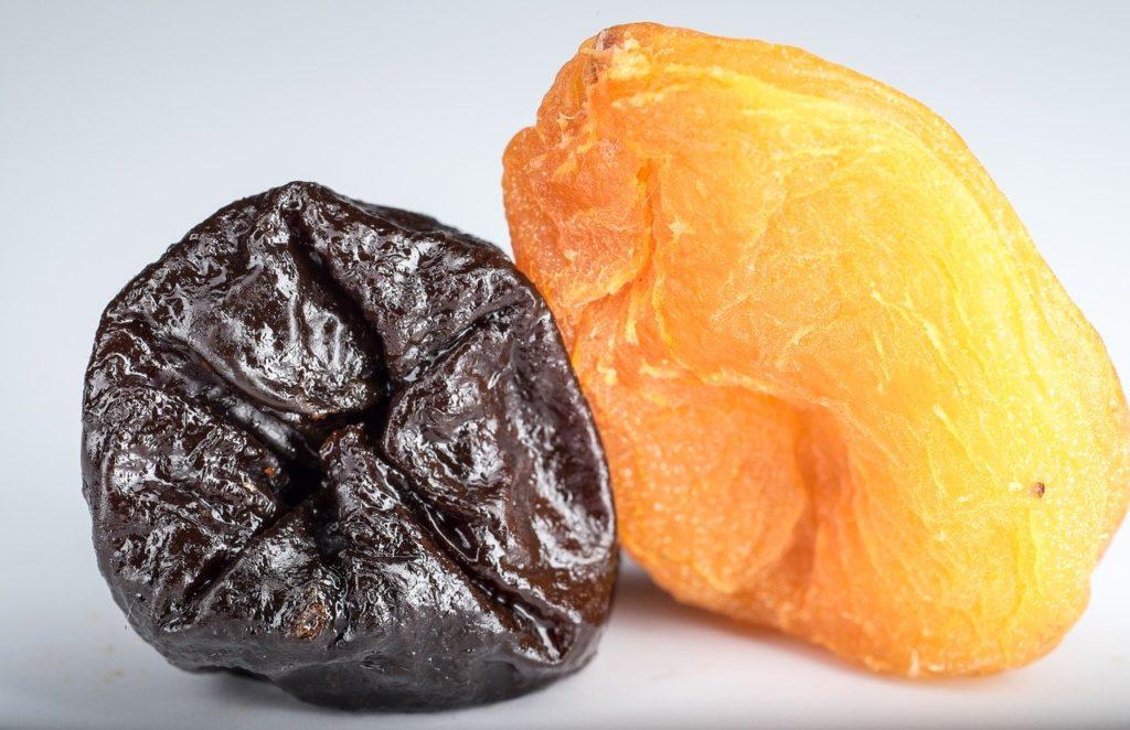 ダイエット中にオススメの炭水化物13選【白米や食パンの置き換えに最適】、プルーン