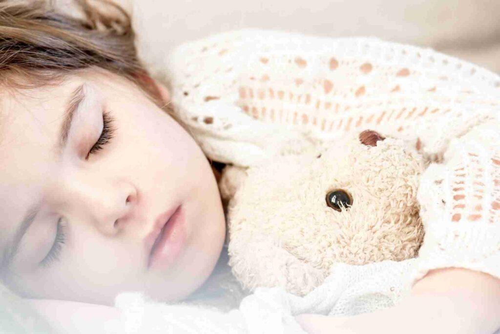【睡眠のすすめ】ダイエット中に質の高い睡眠をとる方法10選、眠れなくなる原因や対策など完全解説